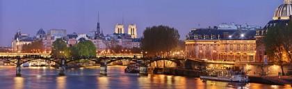 Paris ville Lumière et le Pont des Arts