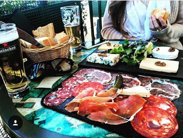 les ardoises de la caravelle bar restaurant à Marseille